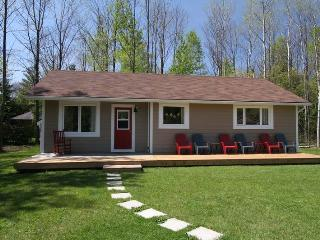 Black's Point Retreat cottage (#860) - Tobermory vacation rentals