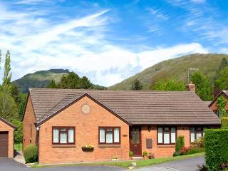 TREGARTHENS, detached, all ground floor, close to amenities, parking, garden, in Church Stretton, Ref 906207 - Church Stretton vacation rentals