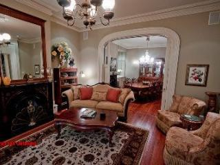 1002: Victorian Italianate Parlor (Upstairs) - Savannah vacation rentals