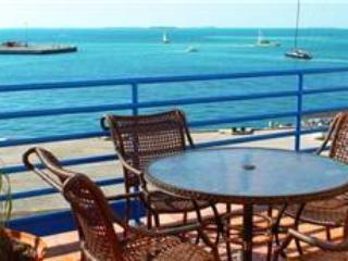 PIRATE'S TROVE - Key West vacation rentals