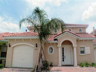 Two story villa w/ pool access and flat screen TV - T914BD - Davenport vacation rentals