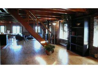 OLD MONTREAL WATERFRONT Historic Loft Dream - Montreal vacation rentals
