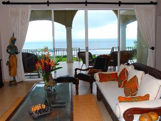 Casa Royal, 4 bedroom, beachfront, big yard - Playa Potrero vacation rentals