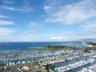 A1 Luxury Ocean Front View Condo High 21st Floor! - Honolulu vacation rentals