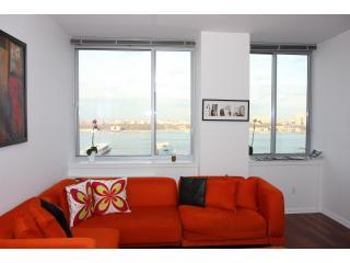 Penthouse with waterviews - Manhattan vacation rentals