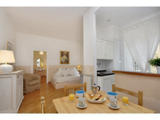 Colosseum II apartment in Rome historical center - Rome vacation rentals