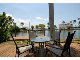 Waterfront 3 bedroom house with dock on Matlacha - Sanibel Island vacation rentals
