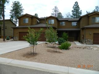 Luxury Townhouse in the Pines - Pinetop vacation rentals