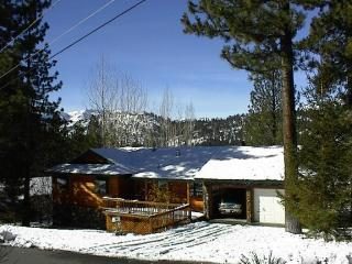 Welcome to Casa Tahoe - Casa Tahoe - Pioneer Trail - Family & Pet Friendly - South Lake Tahoe - rentals