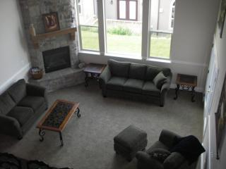 Beautiful Living Room as viewed from the loft - Huge-New-Midway,UT home, Minutes to Park City - Midway - rentals
