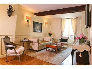 Marais Luxe 3 Bedroom - Paris vacation rentals