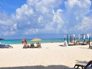 Beachfront Loft Downtown Playa Del Carmen (OP16) - Playa del Carmen vacation rentals