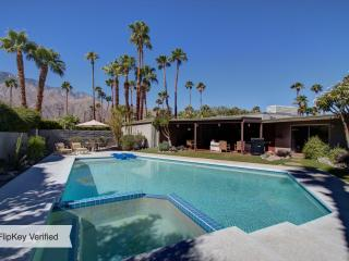 FABULOUS 4BR MID-CENTURY PRIVATE RESORT POOL HOME - Palm Springs vacation rentals