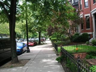 Best Location in the Back Bay huge  900 sq.ft !! - Boston vacation rentals