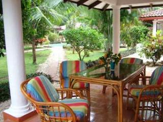 patio - Casa Charly: Tropical 2BR Bungalow in Playa Grande - Playa Grande - rentals