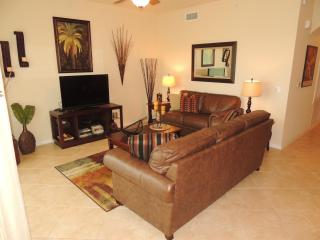 GOLF COURSE CONDO - Available April 1 ONLY $2000 - Naples vacation rentals