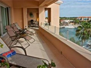 New Marina Penthouse with 45 foot terrace! - Puerto Aventuras vacation rentals