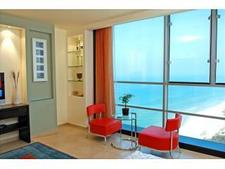 Deluxe Studio Panoramic Beach View - Deluxe Studio Located at the Daniel Tower Hertzlia - Herzlia - rentals