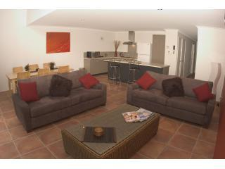 A Peppilane Modern Delux Spa apartment - Margaret River vacation rentals