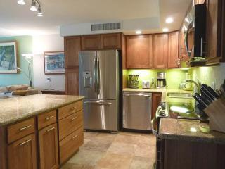 Newly renovated kitchen - Ask for June 12 - 21 discount  - Newly Renovated - Kaanapali - rentals
