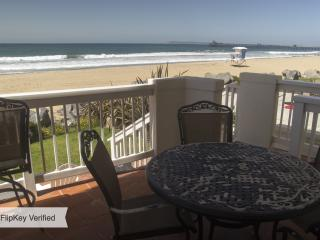 2 BR Condo - Awesome Beachfront with Oceanview! - San Diego vacation rentals