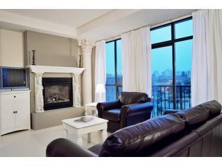 Living Room - Ocean Front Downtown Penthouse - Victoria - rentals