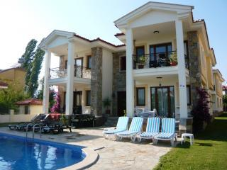 External 2.JPG - Luxury 2 Bed Apartment in Dalyan, Turkey with WiFi - Dalyan - rentals