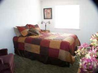 Honey's Hideaway - Grants Pass vacation rentals