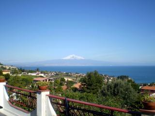 The sea view that can be enjoyed from the veranda - Villino del Gambero - In front of the sea - Brucoli - rentals