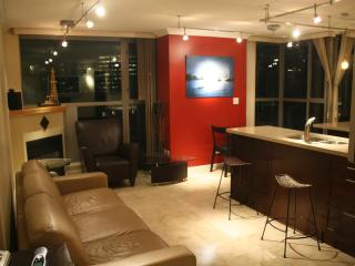 Luxury and comfort, and great Yaletown location - Vancouver vacation rentals