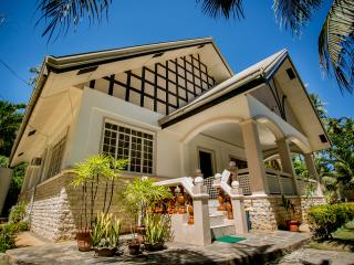 Panglao Villa Bohol, perfect for family reunion - Visayas vacation rentals