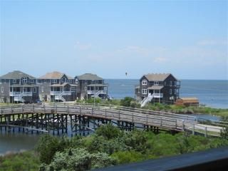 Cute Waterfront Condo w/ Pool, View Sound & Ocean - Avon vacation rentals