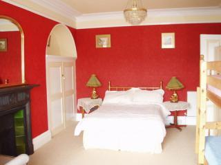 Red Room - Stakesby Holiday Flats  (YORK CITY CENTRE) - York - rentals
