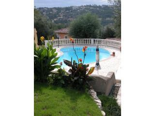 Swimming Pool - Beautiful Garden Apartment, Private Terrace, Pool - Vence - rentals