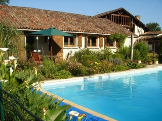 THE PRESSOIR - GRAND HOURCQS - Pouillon vacation rentals