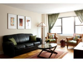 Living Room - Huge Midtown E. 47th 3BD/2BA - Manhattan - rentals