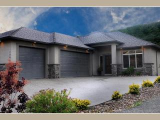 Stunning Executive Home For Discerning Families - Kelowna vacation rentals