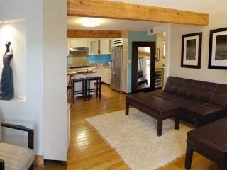 Quiet Canyon 2+2 Home between Downtown Hollywood - Los Angeles vacation rentals
