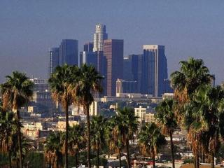2 Story Townhome - Between Downtown & Hollywood - Los Angeles vacation rentals