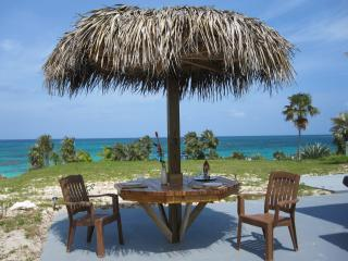 Off the Reef-Romantic-Beachfront-Great View-Wi Fi - North Palmetto Point vacation rentals