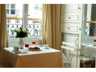 dining - Stylish cheerful studio in St. Germain des pres - 7th Arrondissement Palais-Bourbon - rentals