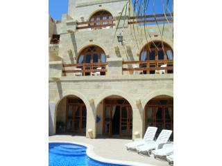 Pool area - 'Lellux' Boutique Bed and Breakfast - Qala - rentals