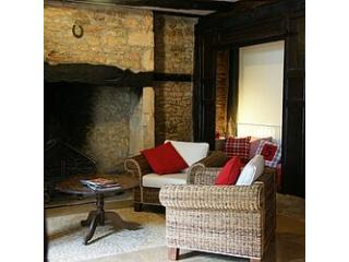 l\'Escudorio fire place in the living room - Les Bernardies - Escudorio - Simeyrols - Dordogne - Carlux - rentals