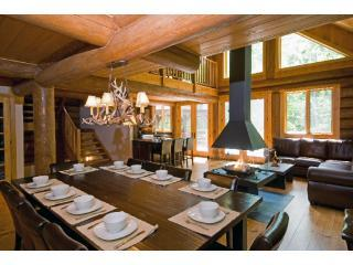 CRL4 - Chalet River Lodge - Tremblant Resort - Mont Tremblant - rentals