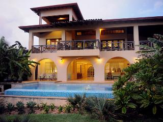Casa Sonrisa - 4 br Oceanfront Surf Home w/ Pool - Playa Negra vacation rentals