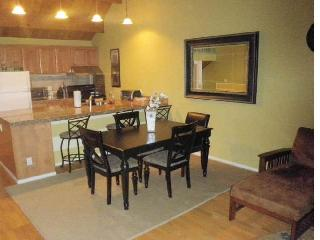 Pool, hot-tub, wi-fi; near beach, skiing, casinos - Stateline vacation rentals