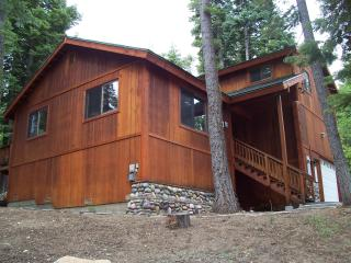 Walk to Sunnyside, Hot tub, backs to Forest - Tahoe City vacation rentals