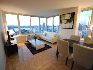 Luxury 2 bedroom with SPECTACULAR VIEW ! - New York City vacation rentals