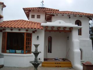 Adobe Houses Outside Quito, Ecuador 1-2 bedrooms - Quito vacation rentals