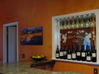 Perfect for Two Couples! Wine Bar / Hot Tub / WiFi - Santa Rosa vacation rentals